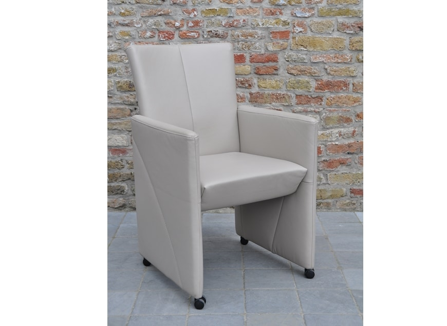 www.zetelhuys.be, Penny, De Toekomst, eetkamerfauteuil, eetkamerstoel, bijzetzetel, stoel, fauteuil, leder, cher
