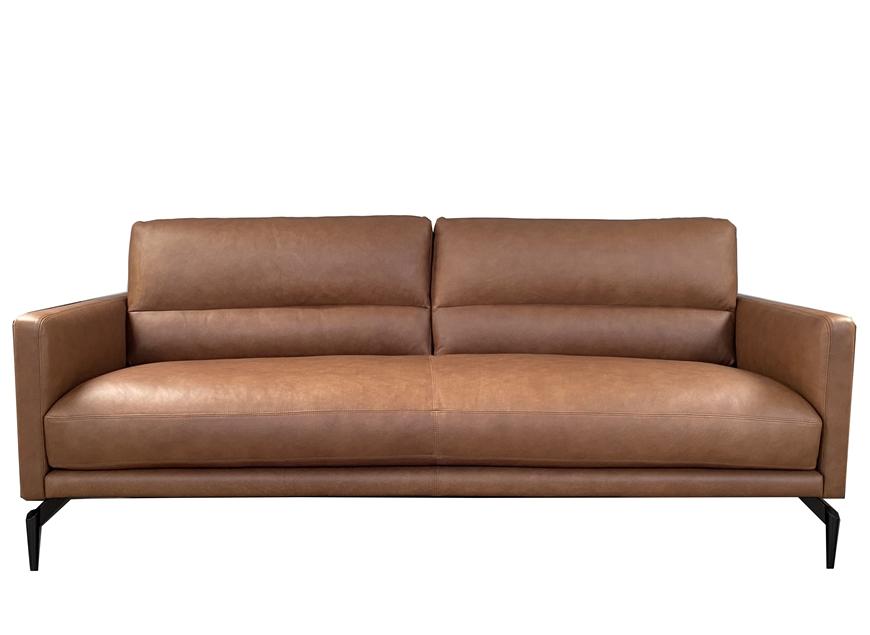 Lounge-Nicole